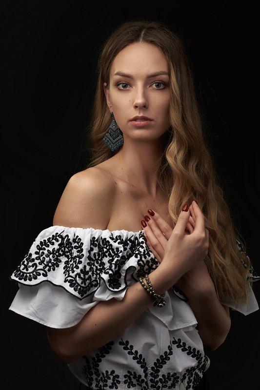девушка портрет студия классический Anastasiaphoto preview