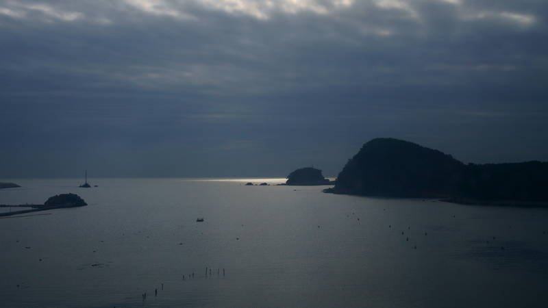 south korea, gyeongsangnamdo, busan, morning,winter,sea,seascape,light,horizontal,sihlouette,clouds, boat Lightphoto preview