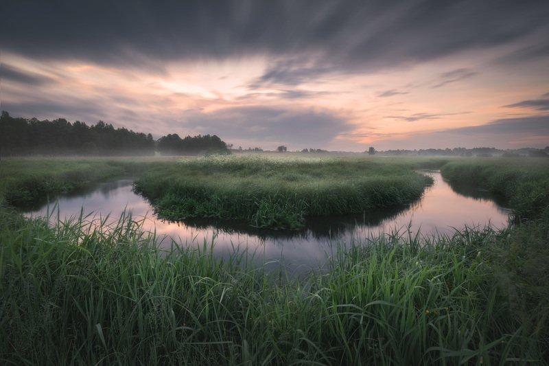 river sunrise mist fog mood sky clouds Podlasie Poland Podlasie horseshoe bendphoto preview