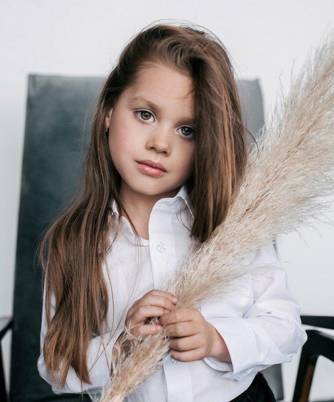 портрет,дети,ребенок,девочка,детский портрет,детский фотограф Дашаphoto preview