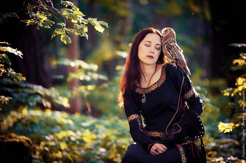 портрет, девушка, лес, природа, сова Леснаяphoto preview