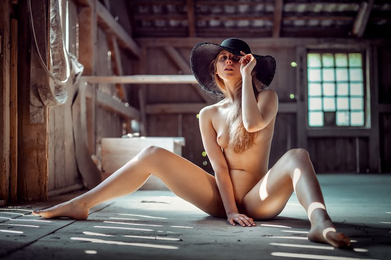 akt girl light nude fine art Tatianaphoto preview