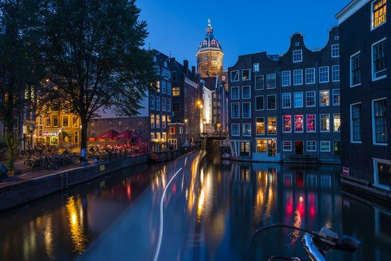 Огни ночного Амстердама.photo preview