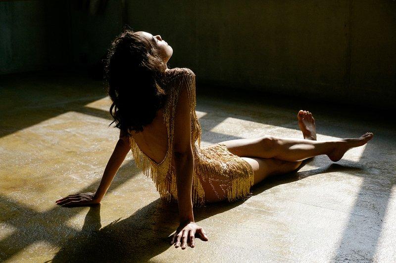fujifilm, x-t1, girl, dress, gold, beautiful, emotion, portrait, Gold Dressphoto preview
