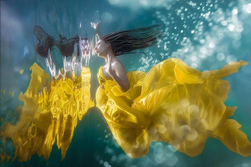 подводная съемка, в бассейне, фотосессия в бассейне, underwater,sony Золотая рыбкаphoto preview