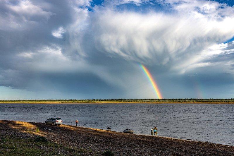печора,рыбаки, радуга, река, небо,облака, У Печоры у рекиphoto preview