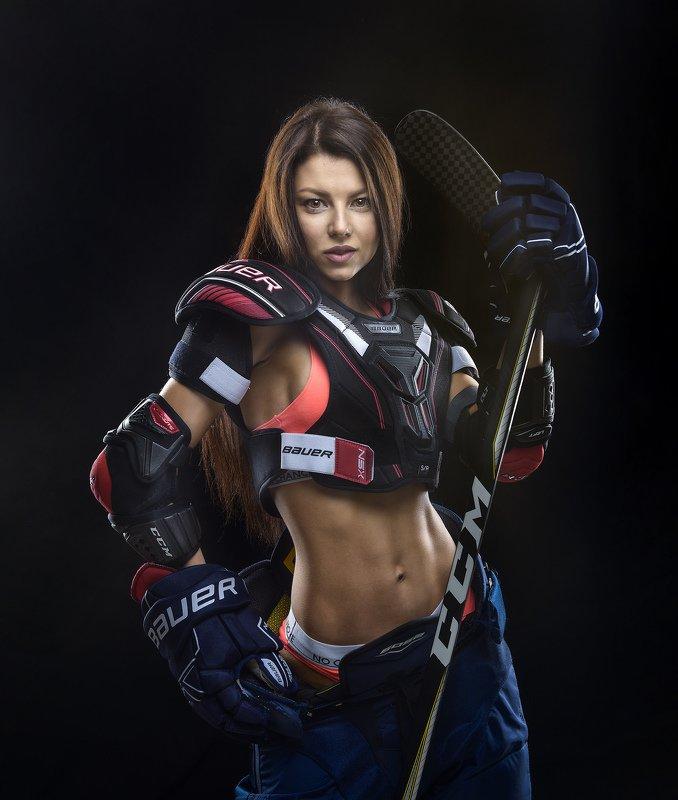 ночь ведьма хоккей девушка молодость красота ночная ведьмаphoto preview