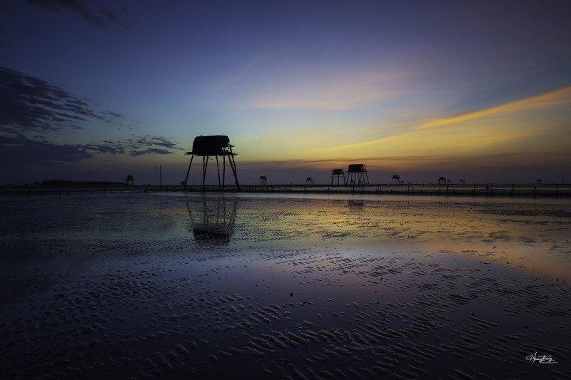 Bình minh trên bãi biển Đồng Châu photo preview