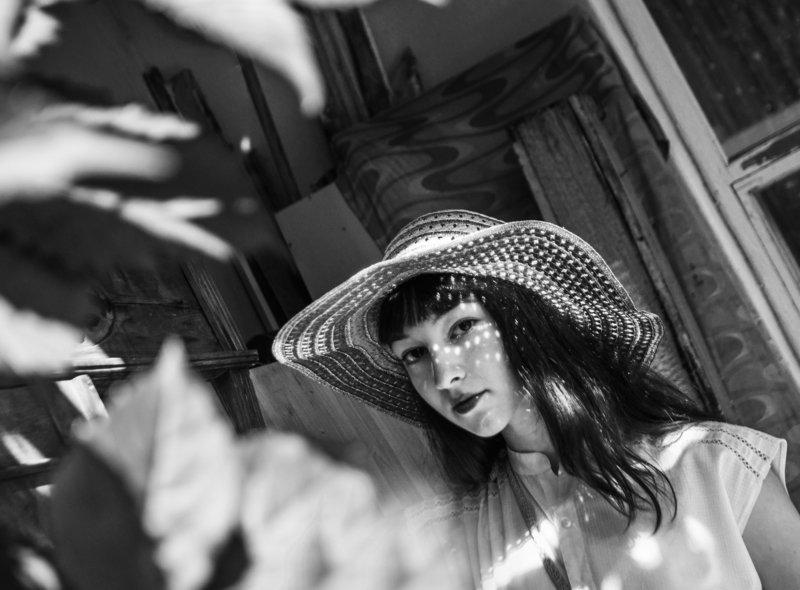 портрет,чб,свет,тень,девушки Агатаphoto preview