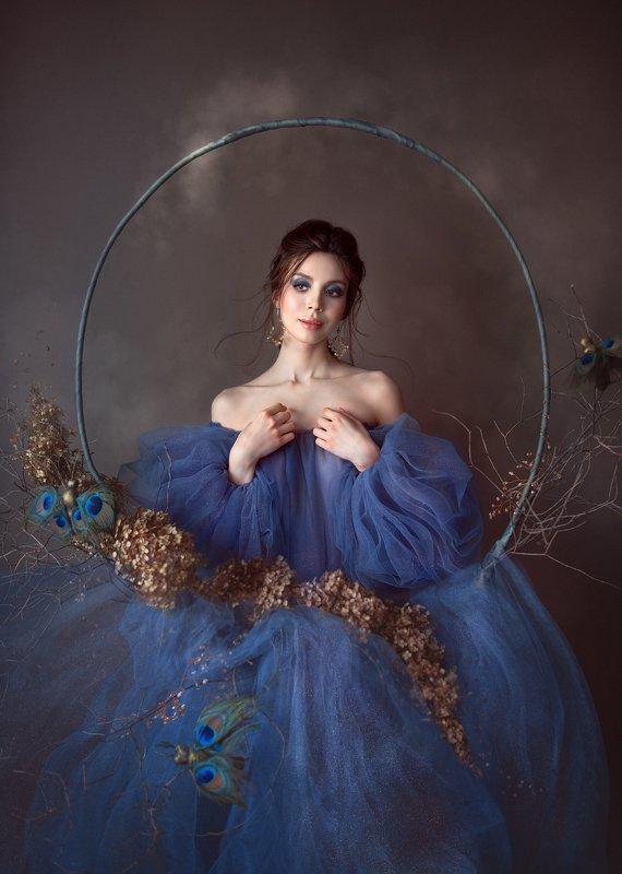 портрет, женскийпортрет, декор, домашняяфотосессия, женщина, цветок Дианаphoto preview