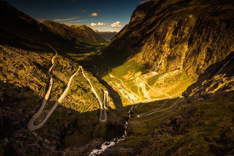 norway,trollstigen.road Trollstigenphoto preview