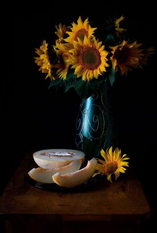 лето, цветы, подсолнухи, цветы солнца, ваза, дыня, фрукт, овощ Мой сладкий июль...photo preview