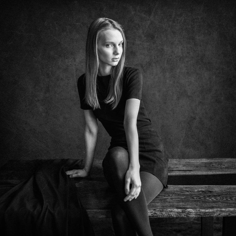 портрет, черно-белое Анастасияphoto preview