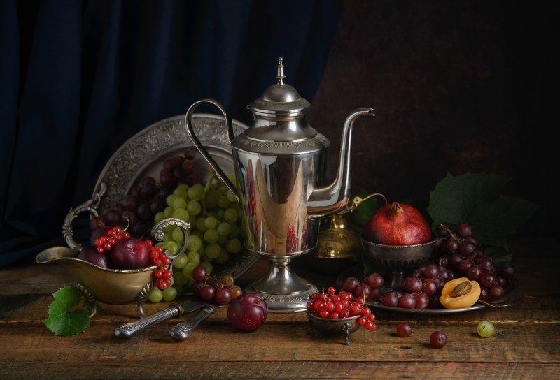 О кофейнике и фруктахphoto preview