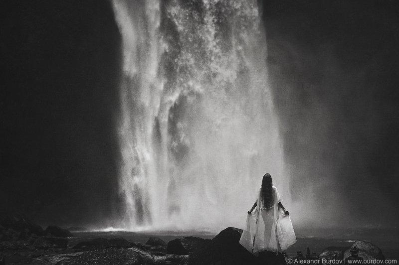 Natali. Waterfallphoto preview