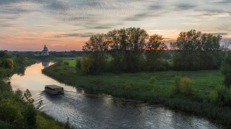 суздаль, река каменка, август, вечер Суздаль. Река Каменка.photo preview