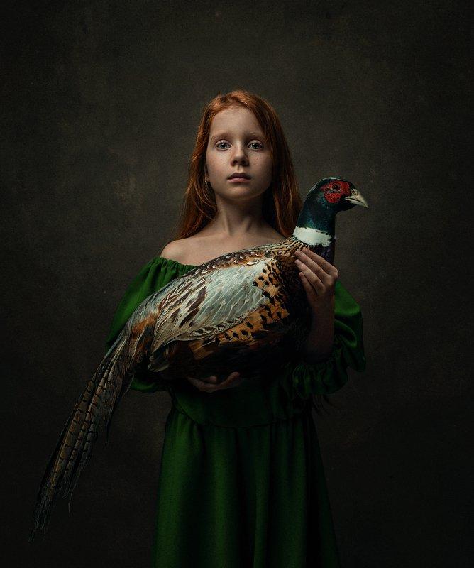 girl,portrait,bird,abstract,conceptual,dark,moody Hannaphoto preview