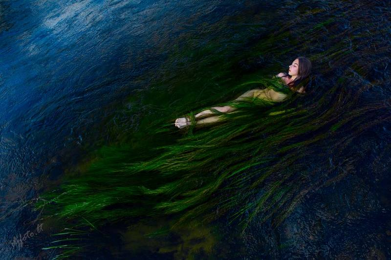 djfoto, nudevilnius, water,  In the Blue Water / В синих водахphoto preview