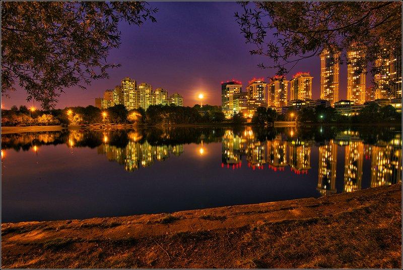 москва, пруд, луна, отражение, панорама *  *  *photo preview
