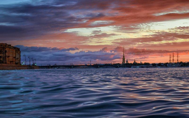 город,река,мост,вечер,закат,движение Вечер в городе.photo preview
