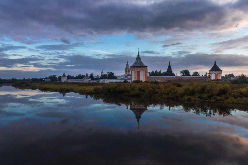 Спасо-Прилуцкий Димитриев мужской монастырь Спасо-Прилуцкий Димитриев мужской монастырьphoto preview