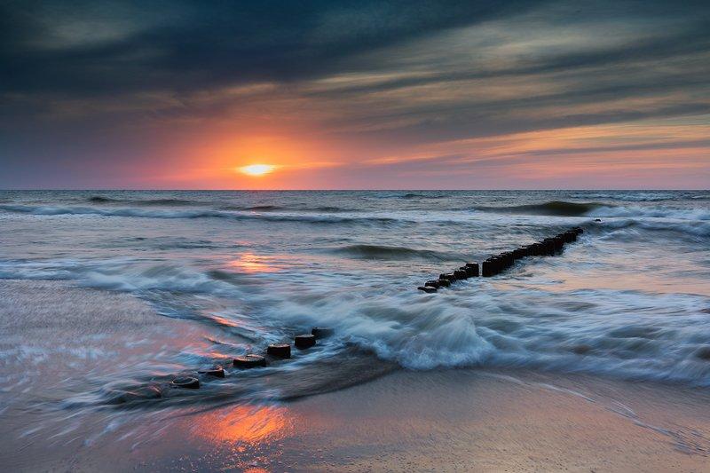 Sea wavesphoto preview