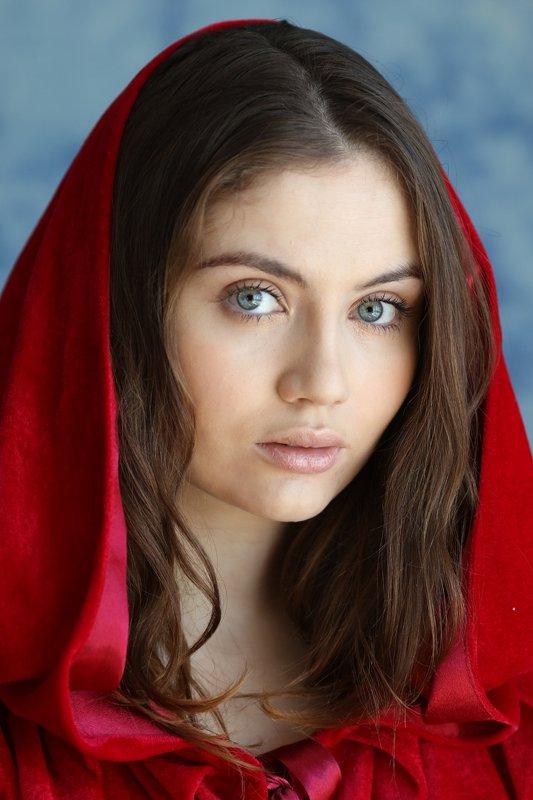 портрет, красный, девушка, красота,girl, red,beauty,portrait, Василисаphoto preview