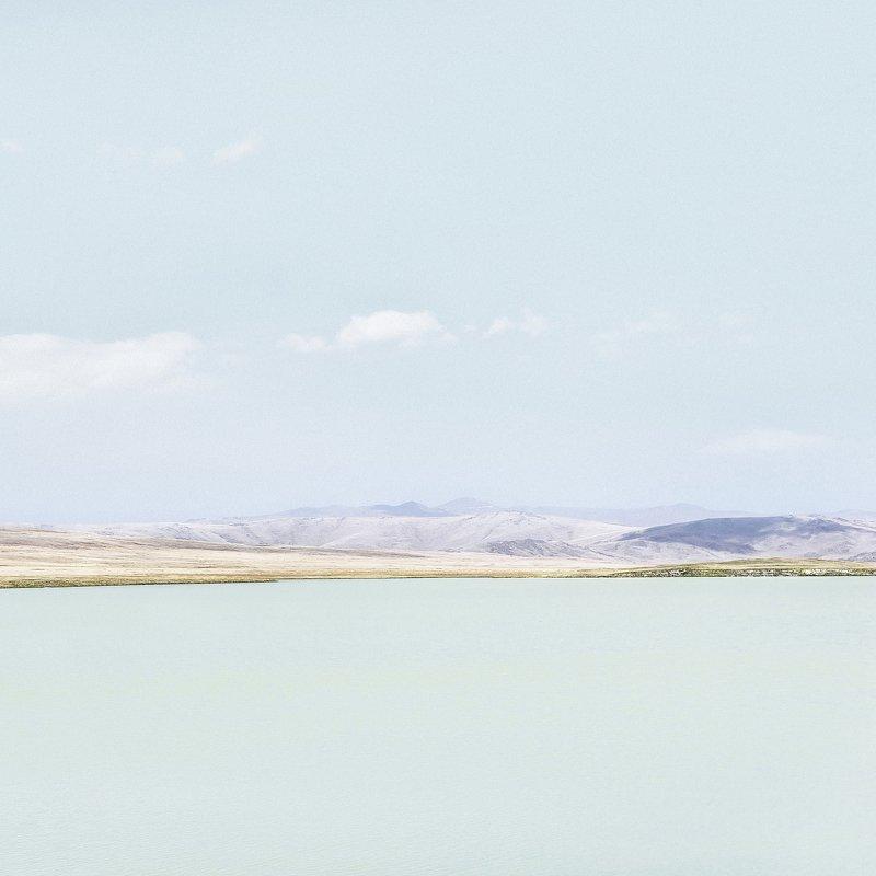 Алтай, плато Укок, плоскогорье, горное озеро photo preview