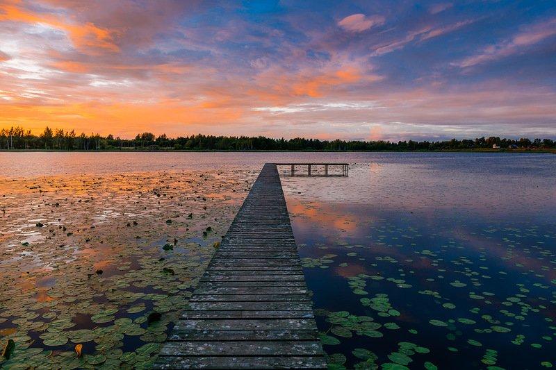 закат, озеро, псков Закат на лесном озереphoto preview