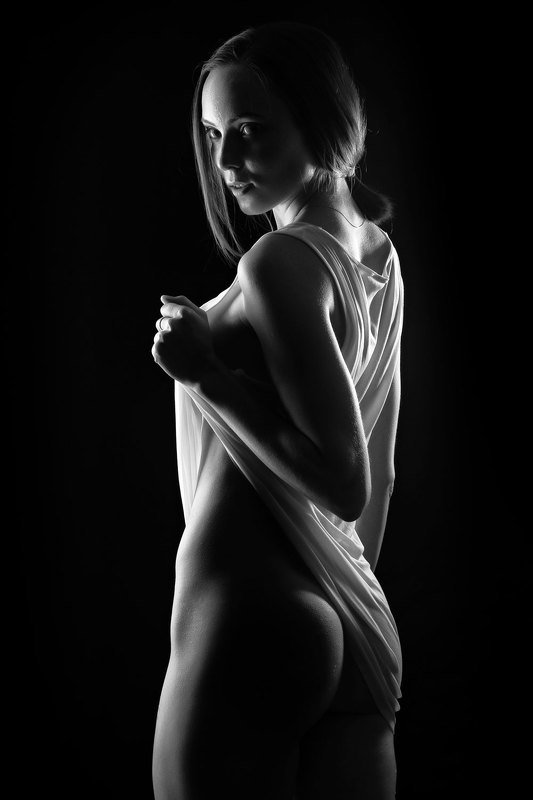 People, One Person, Female, Naked, Studio Shot, One Teenager Only, One Teenage Girl Only, Teenager, Teenage Girl, Girl, Sensuality, One Girl Only, Femininity, Beautiful Woman, Beauty, nude, sexy, black and white, young women, Hot, Катяphoto preview