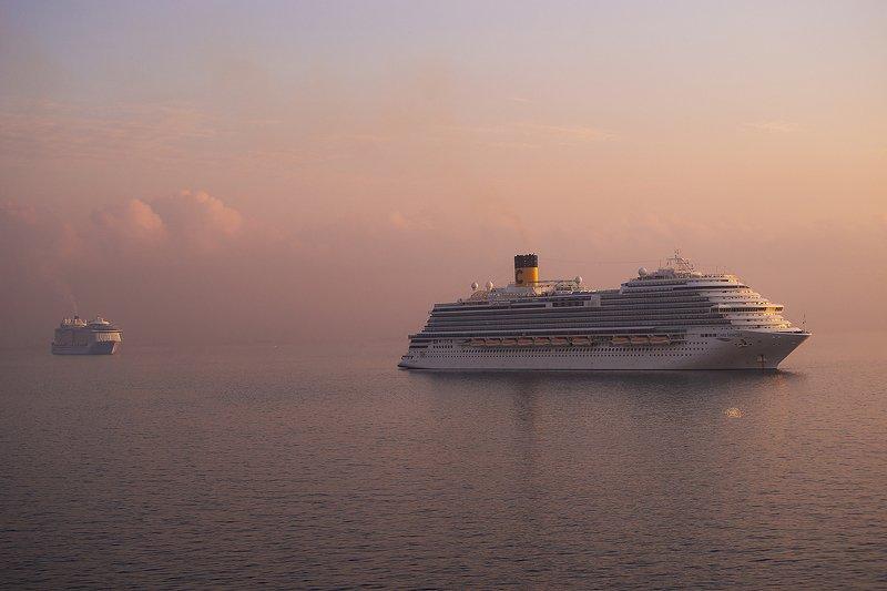 sea , sunrise , sky , cruise ships , princess cruise empty cruise shipsphoto preview