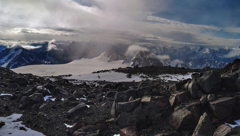 горы,восхождение,кавказ,облака,эльбрус за гранью...photo preview