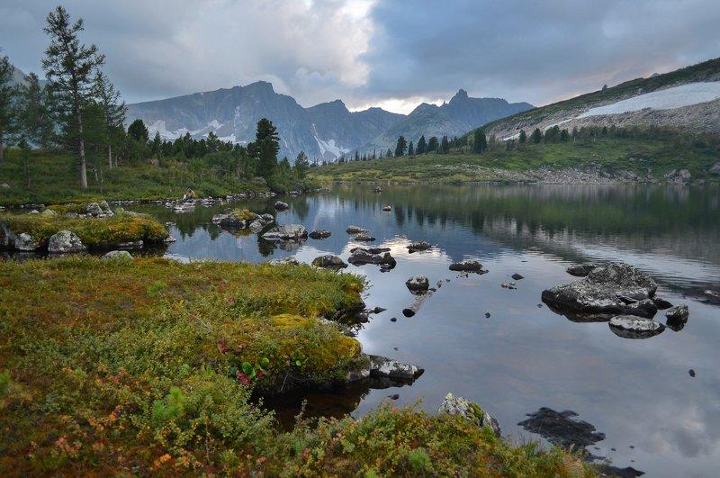 кузнецкий алатау, поднебесные зубья, золотая долина В горах Кузнецкого Алатауphoto preview