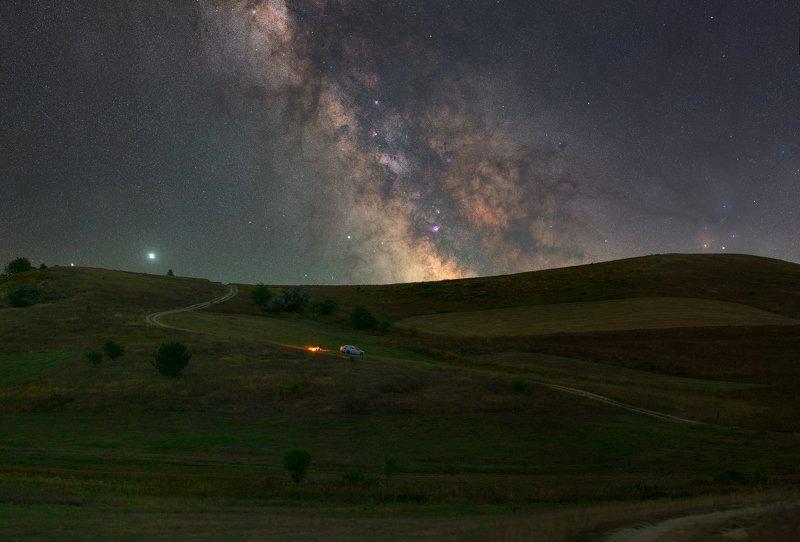ивковцы, млечныйпуть, звезды, ночь, галактика, холмы, hills, milkyway, stars, night, ukraine, ivkivtsy, nightscape, galaxy The center of the galaxy hides behind the hillsphoto preview