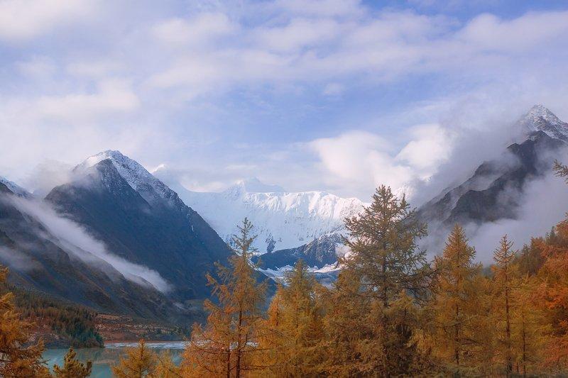 гора, ледник,белуха, горныйалтай, осень, туман, УТРО БЕЛОЙ ГОРЫphoto preview
