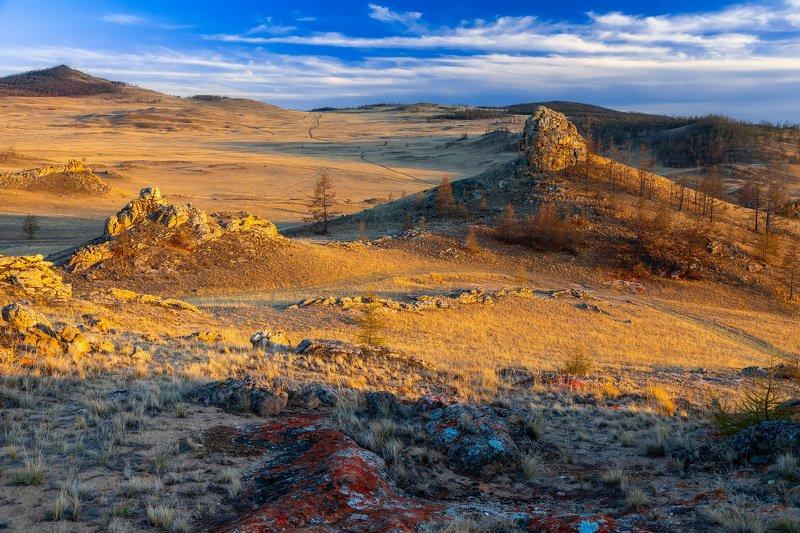 тажеранская степь, байкал, ольхон, сибирь, иркутск, скалы, золотой час Тажеранская степьphoto preview
