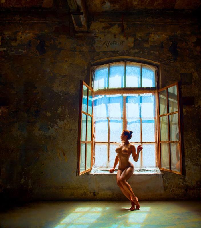 djfoto, nude, nude art, Vilnius, nudevilnius, urbex, abandoned Morning routinephoto preview