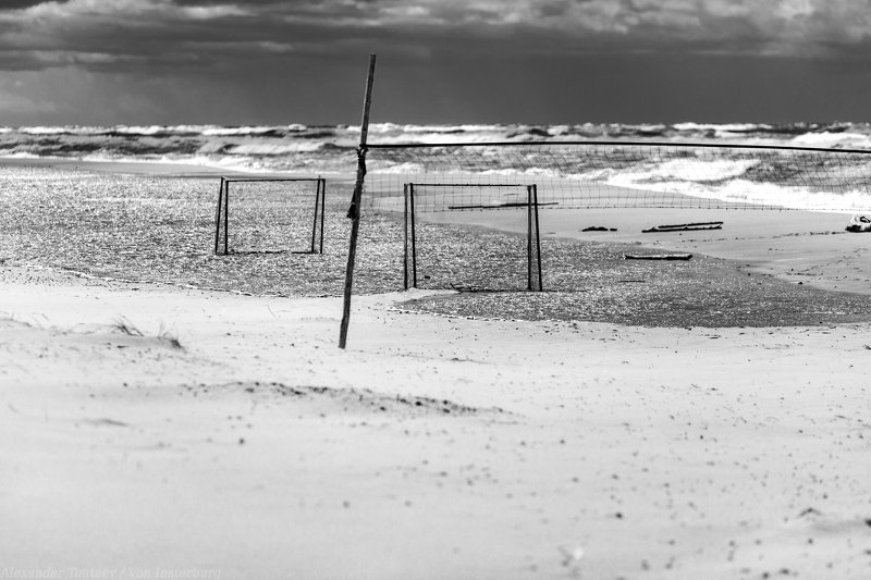 sea, baltica, ostsee, kaliningrad, калининград, балтика, bnw, monochrome, black and white, чб, стрит фото, street photo, street photography ***photo preview