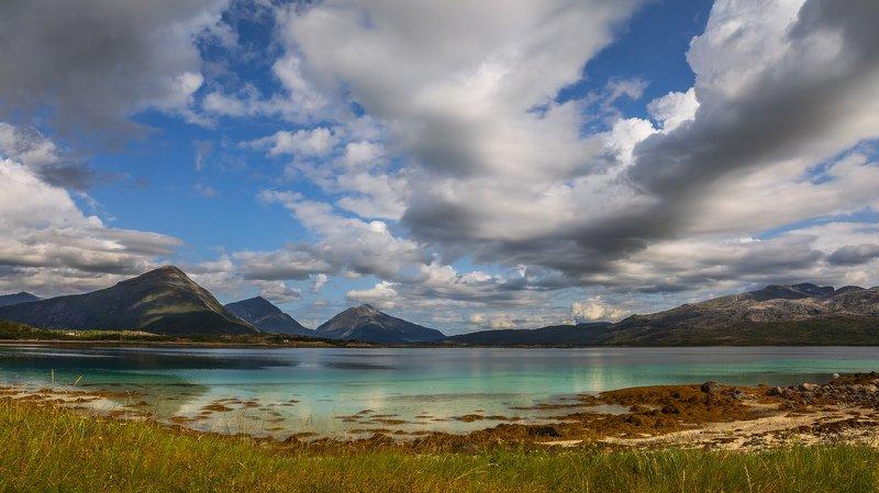 лофотены, норвегия, озеро, горы, облака, небо, Лофотенские острова. Норвегия.photo preview