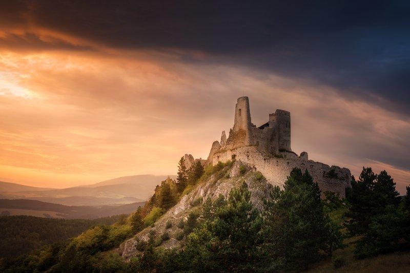 Čachtice Castle фото превью