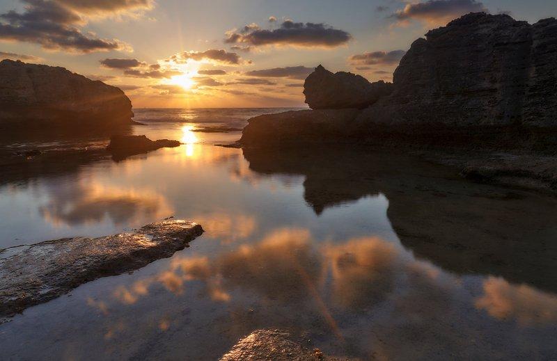 Про вечерние прогулки у берега моря...  Про вечерние прогулки у берега моря... photo preview