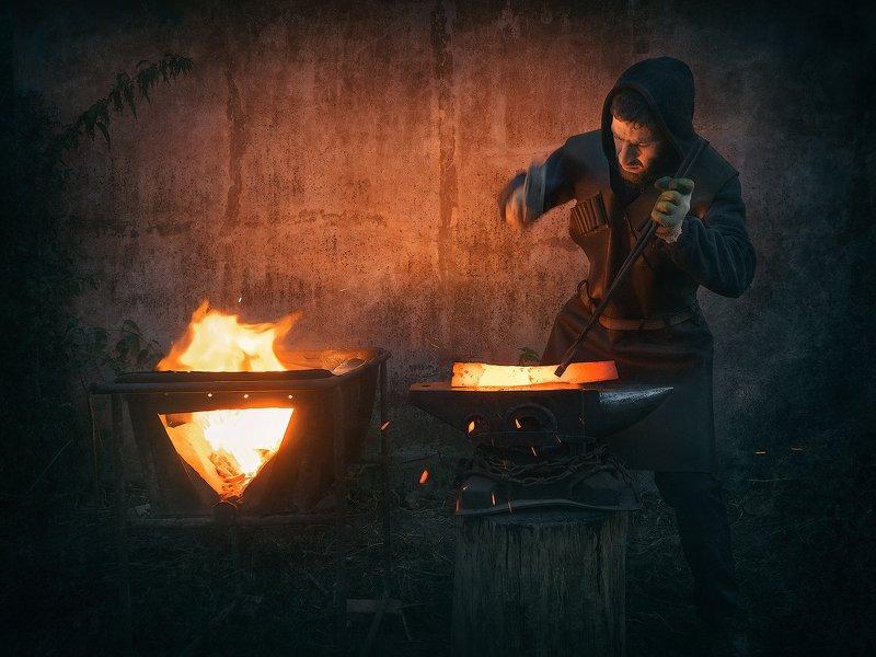 Кузнец-оружейник Шамиль Батчаевphoto preview