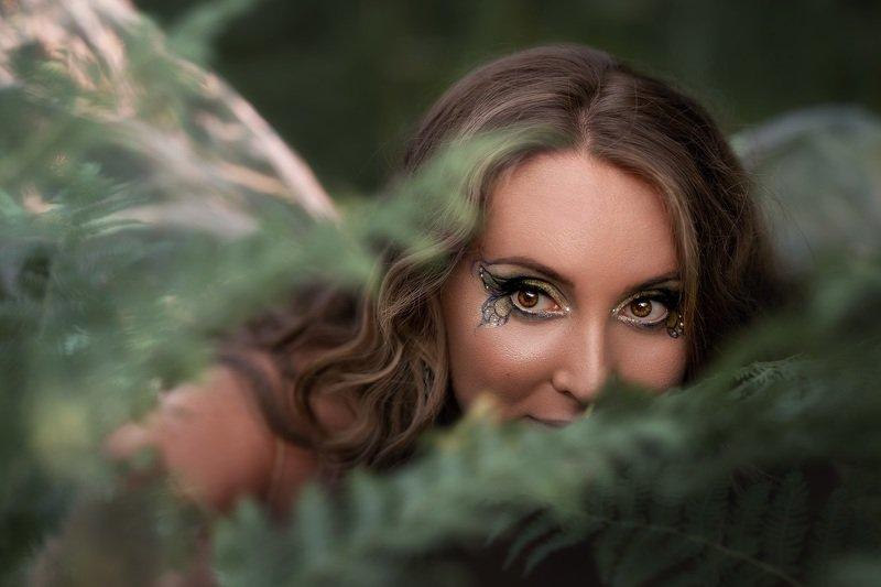 фея девушка портрет Любопытная феяphoto preview