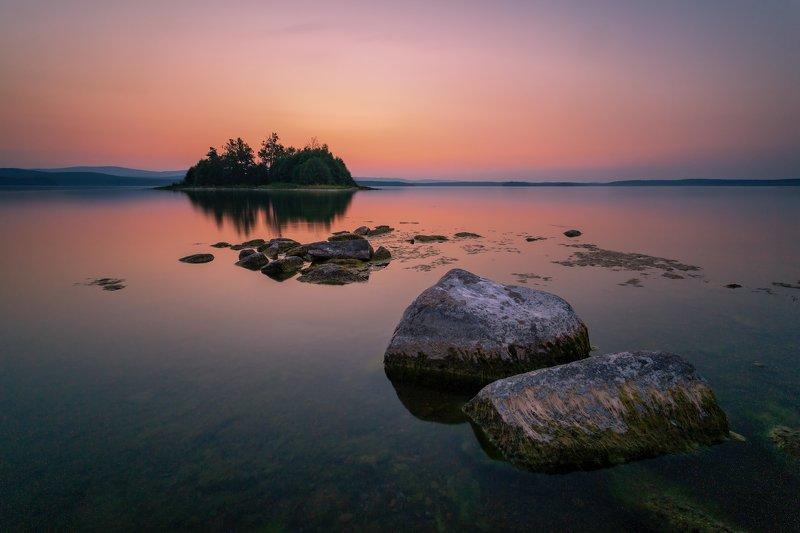 озеро, закат, вечер, горы, вода, камни, берег, южный урал, лето Три минуты Большого Кисегачаphoto preview