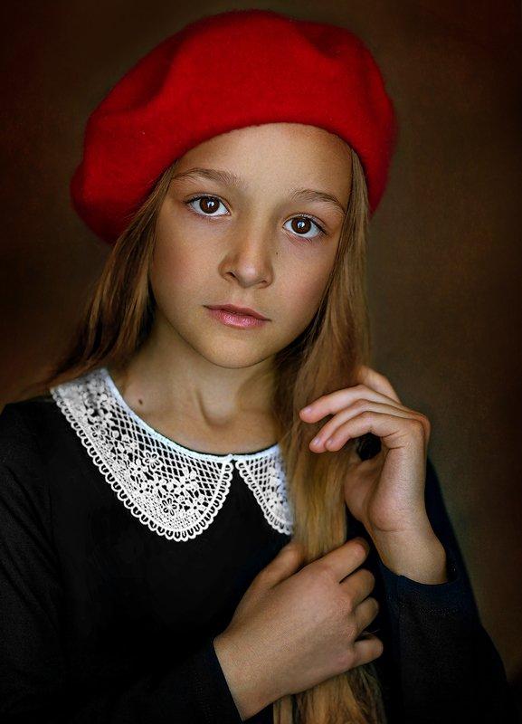 девочка детский портрет, топ фотограф, детский фотограф, семейный фотограф, детская фотография, детский портрет, портрет, портретный фотограф, известный фотограф, фотограф валерия мороз, сказочная ретушь, волшебный свет, волшебная обработка, обучение фото Портрет моей дочериphoto preview