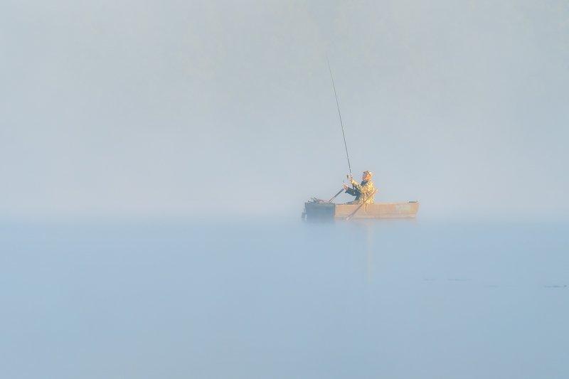 Wędkowanie w mglephoto preview