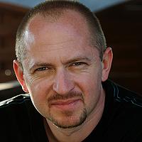 Portrait of a photographer (avatar) finus (Robert)