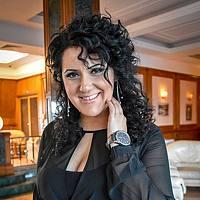 Portrait of a photographer (avatar) Mary Avedissian