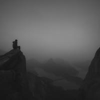 Portrait of a photographer (avatar) 山间的风 (Zhoufeng)