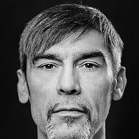 Portrait of a photographer (avatar) LESCHALLIER-PERSONAL ART